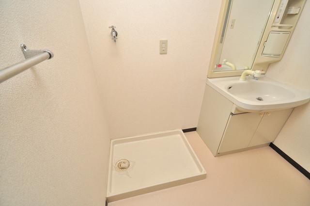 グランシャトレー DAIWA 室内に洗濯機置き場があれば雨の日でも安心ですね。