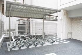 スカイコートパレス駒沢大学駐車場