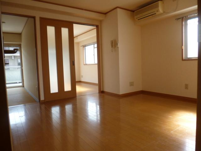 下赤塚駅 徒歩14分居室