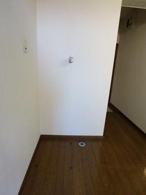 https://image.rentersnet.jp/40f55f62-f346-446c-8542-c0efc98f7068_property_picture_955_large.jpg_cap_室内洗濯機置き場