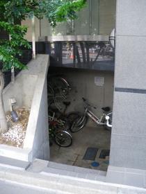 六本木駅 徒歩19分駐車場