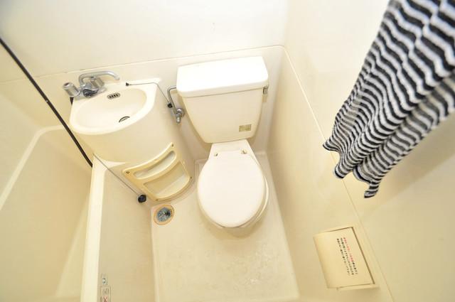 グランドハイツ大今里 シャワー1本で水回りが簡単に掃除できますね。