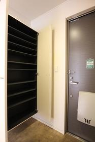 クレール 102号室