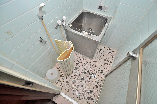 コンラッド長瀬 ちょうどいいサイズのお風呂です。お掃除も楽にできますよ。