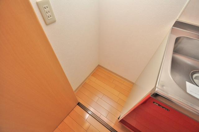 Celeb布施東 冷蔵庫置き場も確保。キッチンのすぐ横だから使いやすい。