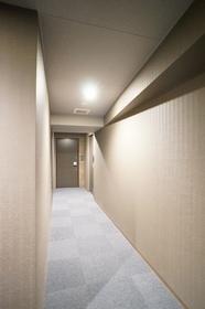 共用部廊下はホテルのような高級感!