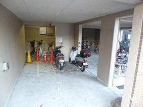 スカイコート千歳烏山第6駐車場