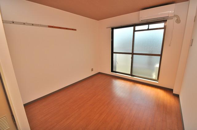 東大阪市足代北1丁目の賃貸マンション 窓があるので風通しが良く、快適な睡眠がとれそうですね。