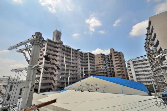 東大阪レジデンス バルコニーは眺めが良く、風通しも良い。癒される空間ですね。