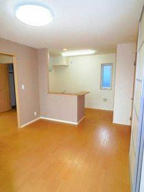 https://image.rentersnet.jp/428b3acc-31bc-4bf7-8b7b-0d0b9407f240_property_picture_959_large.jpg_cap_居室