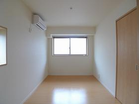エクセルパール森ヶ崎 101号室