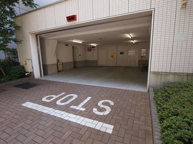 田町駅 徒歩8分駐車場