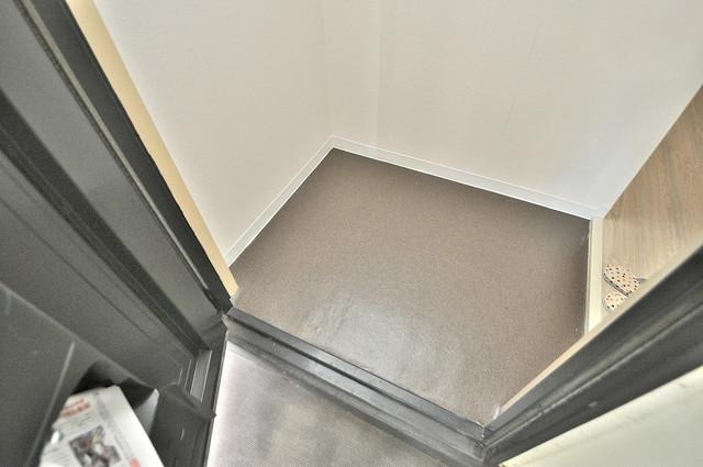 ベルハイム俊徳道 お部屋の入口には何も置かず、シンプルが一番ですね。