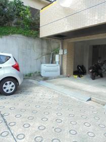 メゾン・ド・コゼット駐車場
