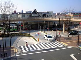 河辺駅(JR 青梅線)