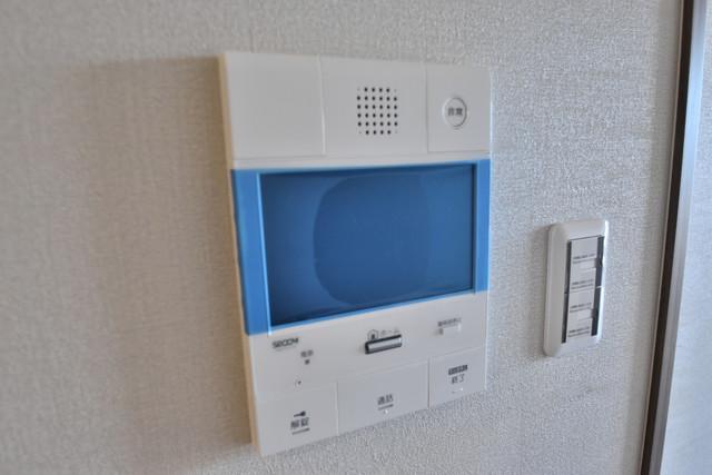 PHOENIX Clove Tomoi TVモニターホンは必須ですね。扉は誰か確認してから開けて下さいね