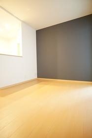 https://image.rentersnet.jp/43e0d7c0-a99a-4008-b9fe-e3aa9b84de99_property_picture_3276_large.jpg_cap_居室