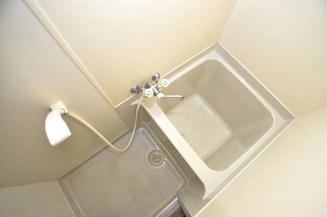 冨永コーポ ちょうどいいサイズのお風呂です。お掃除も楽にできますよ。