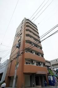 https://image.rentersnet.jp/43ef9e864493029a4b4f4a5e9fbc3d2c_property_picture_961_large.jpg_cap_スーパー、コンビニ目の前♪