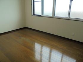 https://image.rentersnet.jp/43fefda5-e623-474e-9bcf-3015cabe6d7c_property_picture_3186_large.jpg_cap_居室
