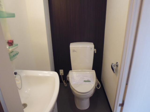 シャルルコート成増トイレ
