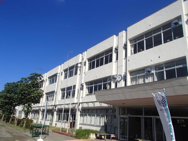 シャングリラ[周辺施設]小学校