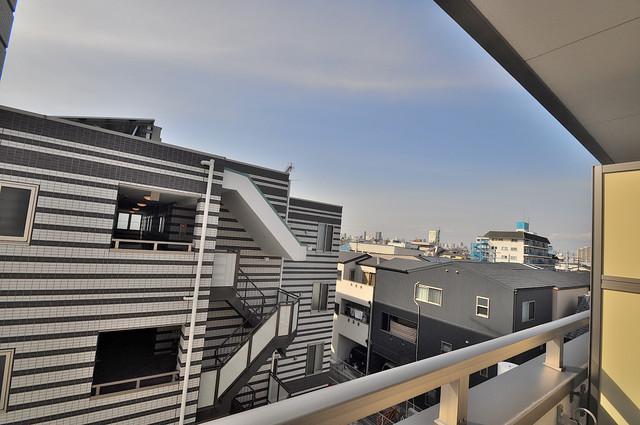 EASTRITZ巽 バルコニーは眺めが良く、風通しも良い。癒される空間ですね。