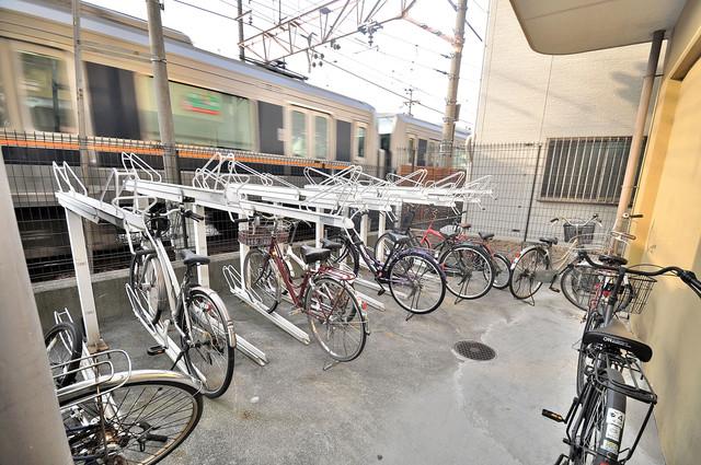 プラ・ディオ徳庵セレニテ あなたの大事な自転車も安心してとめることができますね。
