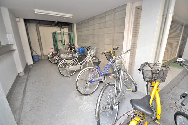 あかねハイツ 駐輪場が敷地内にあります。愛車を安心して置いておけますね。