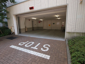 田町駅 徒歩7分駐車場