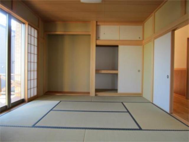田名貸家居室