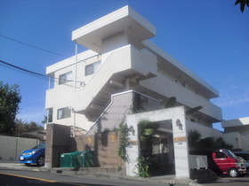 HILLS KOBAYASHI閑静な高台の住宅地 公園隣接
