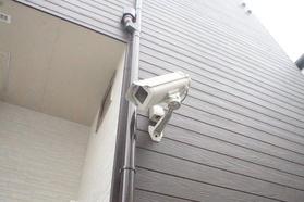 https://image.rentersnet.jp/454850c5-5c12-42f5-aea8-0e546f316b9d_property_picture_2987_large.jpg_cap_防犯カメラ