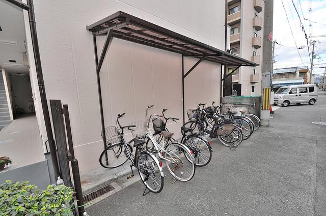 ベストハイツ 駐輪場が敷地内にあります。愛車を安心して置いておけますね。