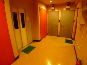 パレスグルーラ 305号室