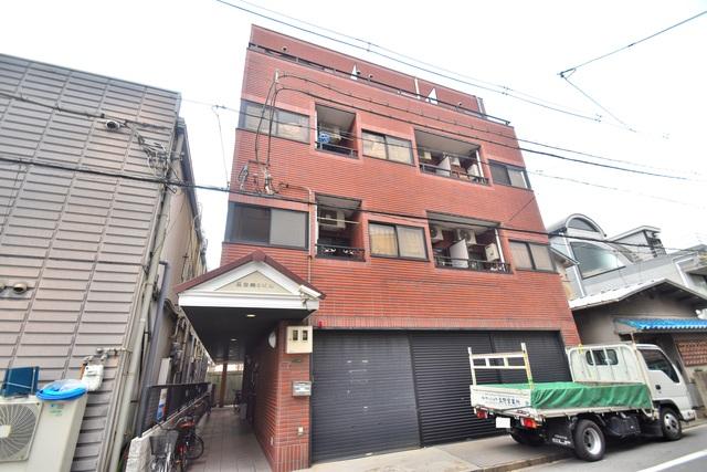 荻田第6ビル オシャレな外観。この周辺では飛びぬけて目立っています。