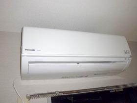 DKに設置済みのエアコン