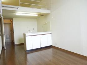 https://image.rentersnet.jp/46a869de-137f-4942-bcf3-5ed171339ea8_property_picture_955_large.jpg_cap_居室