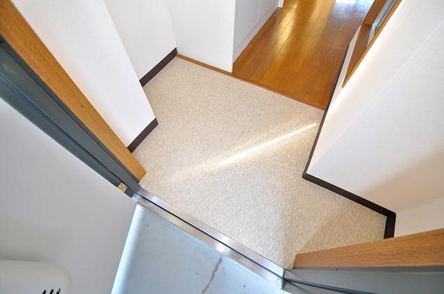 ヴィーブルアサダ 玄関を開けると解放感のある空間がひろがりますよ。