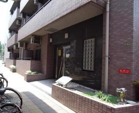 駒沢大学駅 徒歩5分エントランス