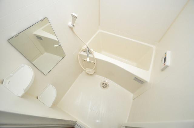 プリムローズHY1 ゆったりサイズのお風呂は落ちつける癒しの空間です。