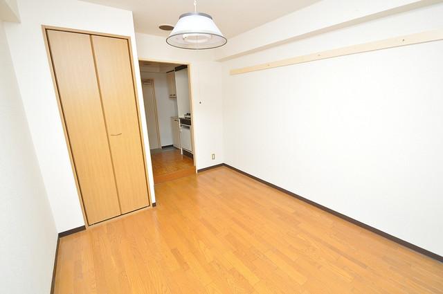 東大阪市小若江3丁目の賃貸マンション シンプルな単身さん向きのマンションです。