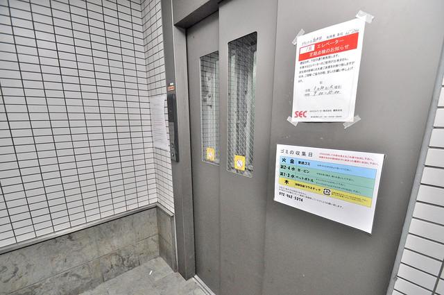 グランメール高井田 嬉しい事にエレベーターがあります。重い荷物を持っていても安心