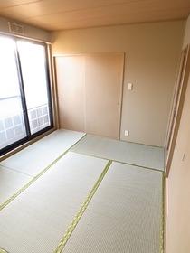日本人ならやっぱり和室でしょ♪