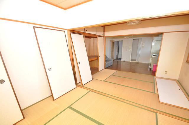 プレジデント楠 畳の心地よい香りがする、この空間で癒されてください。