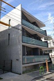 広尾駅 徒歩6分の外観画像