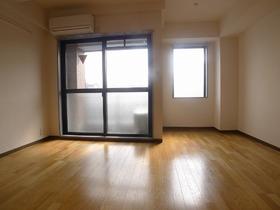 CSソレイユ 302号室