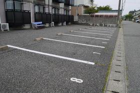https://image.rentersnet.jp/47fb8fcf19f08bd7083ba95e9e8f8265_property_picture_2419_large.jpg_cap_駐車場