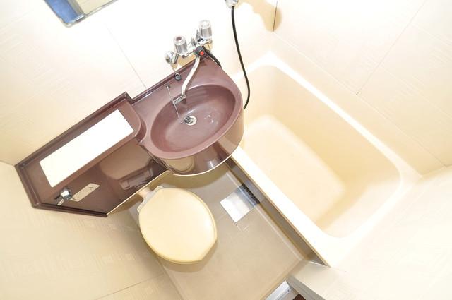 永和ビル シャワー一つで水回りが掃除できて楽チンです
