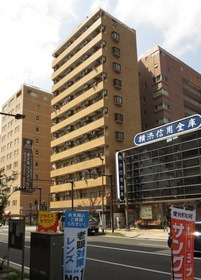 人気の川崎駅西口側です